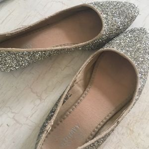 Old Navy Sparkly Flats Size 6